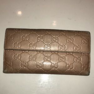 Gucci long wallet guccissima